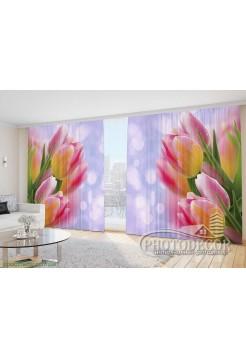 """Фото Шторы  для зала """"Розовые тюльпаны на фиолетовом фоне"""""""